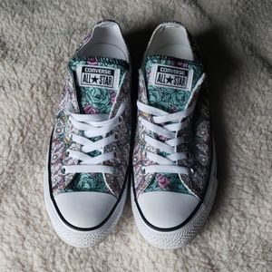 Skull and Rose Converse